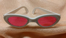 "3-1/4"" (8 cm) White Doll Sunglasses with Pink Lense"