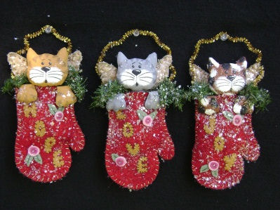 "These darling 7"" kitties are so quick and easy to make. They'll look great on the tree or a package and make perfect gifts to have on hand for unexpected guests."