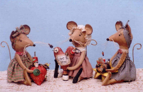 Country Mice Pinkeeps