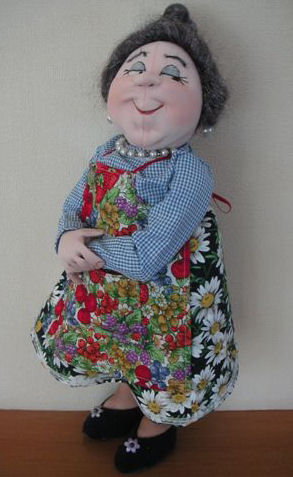 Winnie Mae cloth doll pattern by Jill Maas.