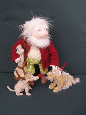 Santa & Friends cloth doll pattern by Jill Maas.