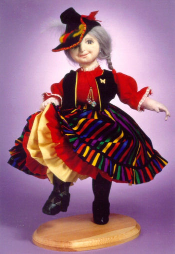Blossom - Universal folk dancer with variations. Cloth Doll Pattern